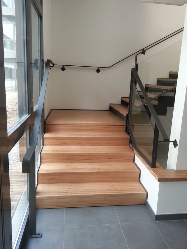 habillage escalier cool habillage escalier bton fin with. Black Bedroom Furniture Sets. Home Design Ideas